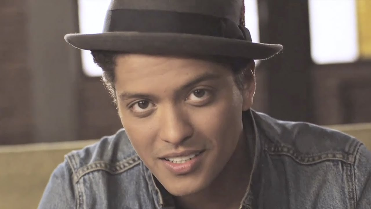 Bruno Mars – Just The Way You Are (Official Music Video)