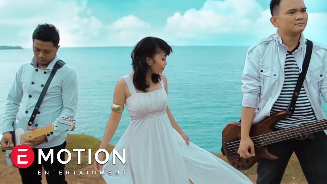 Cassandra Band – Tetap Menjadi Milikmu (Official Music Video)