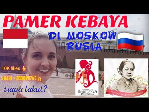 Cewek Rusia Pakai Kebaya di Moscow Rusia