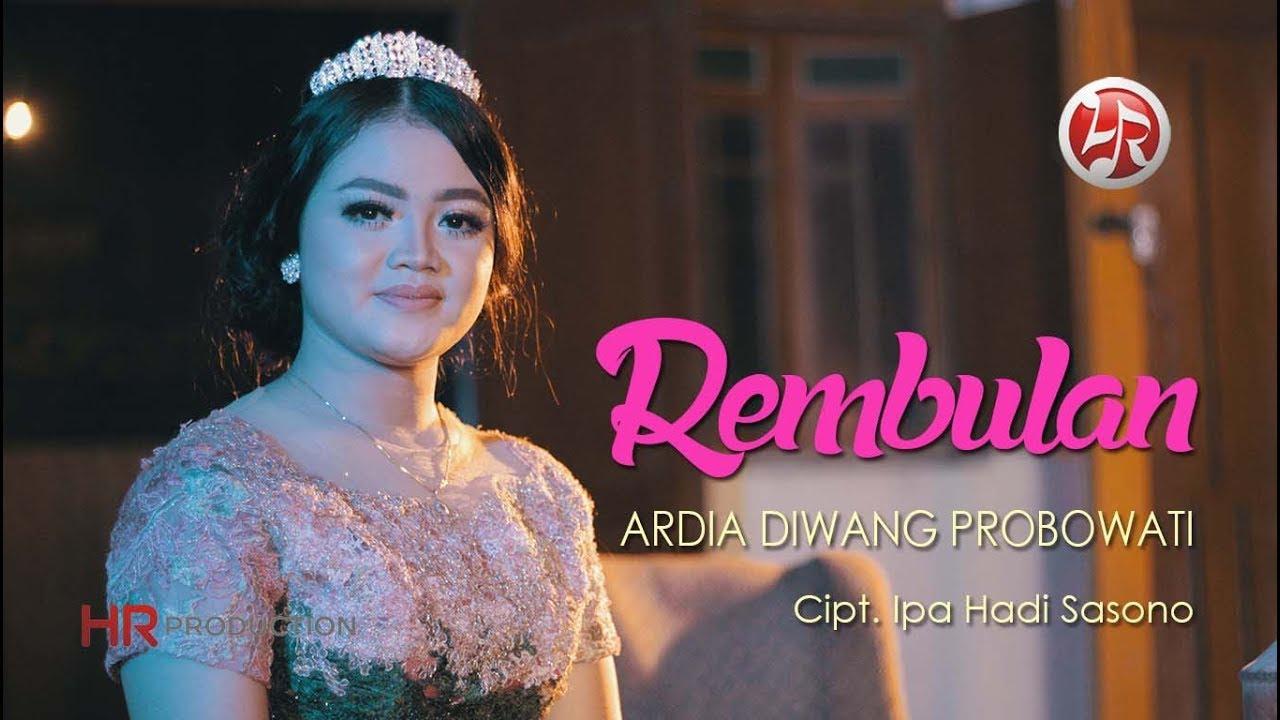 Ardia Diwang Probowati – Rembulan (Official Music Video)