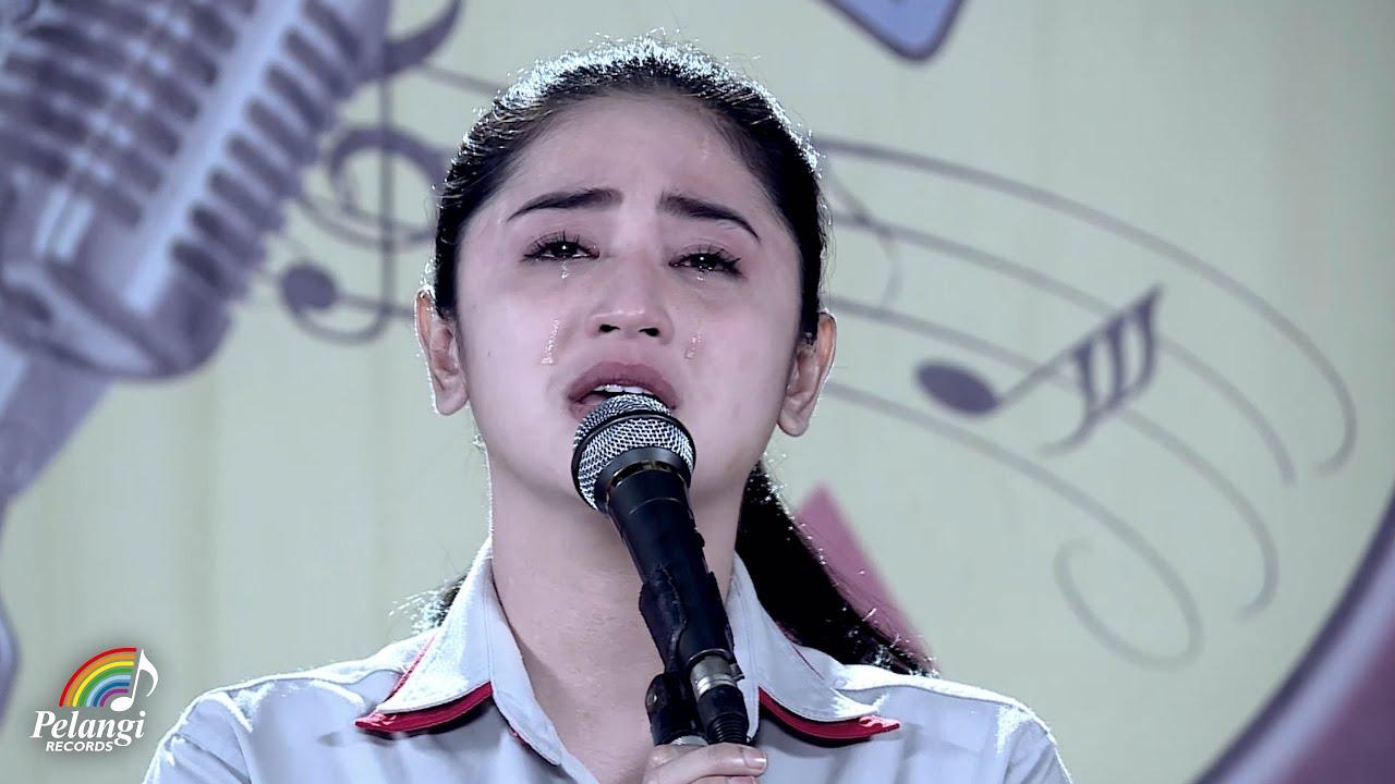 Dewi Persik – Indah Pada Waktunya (Official Music Video)