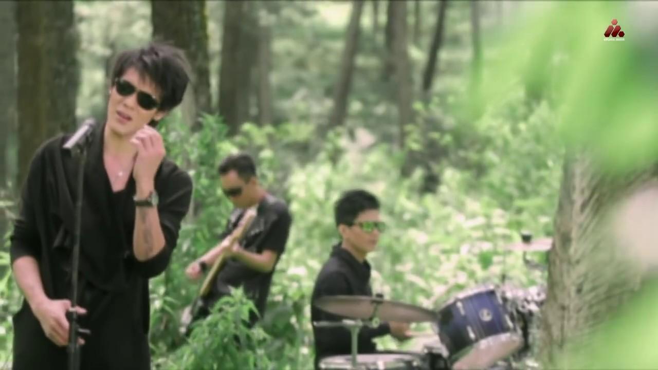 Papinka – Masih Mencintainya (Official Music Video)