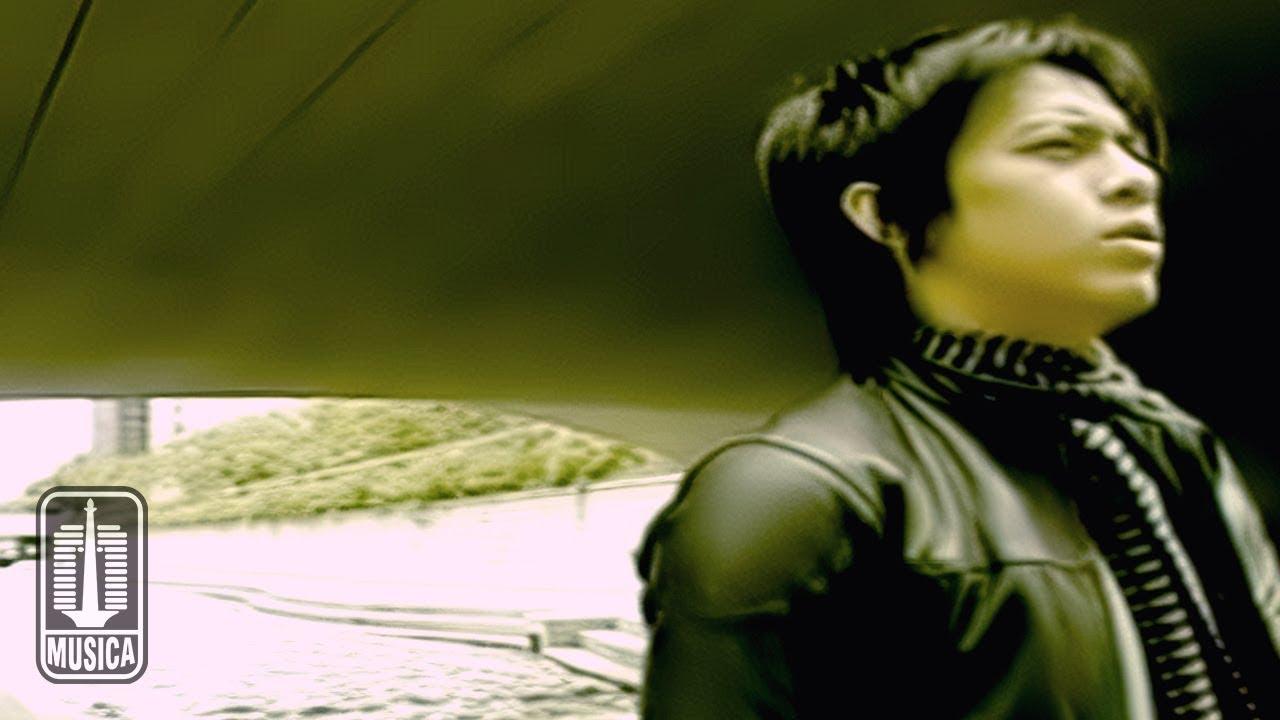 Peterpan – Sally Sendiri (Official Music Video)