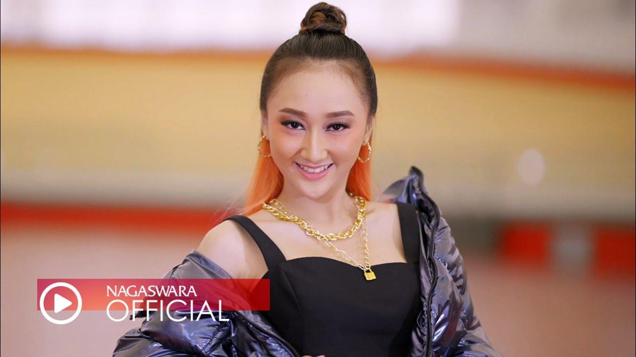 Sandrina – Habis Minum Apa (Official Music Video NAGASWARA)