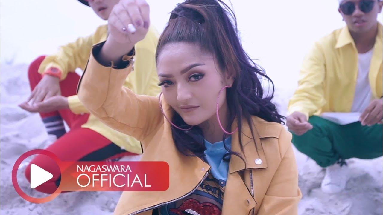 Siti Badriah – Lagi Syantik (Official Music Video)