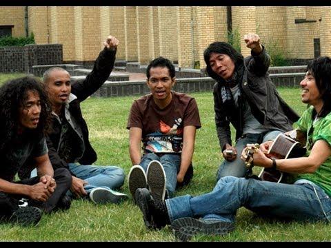 Slank – Terlalu Manis (Official Music Video)