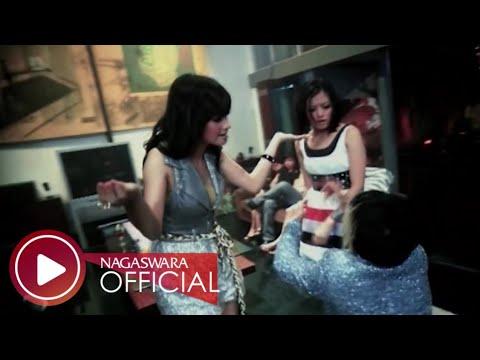 T2 – Malu Malu Dong (Official Music Video)