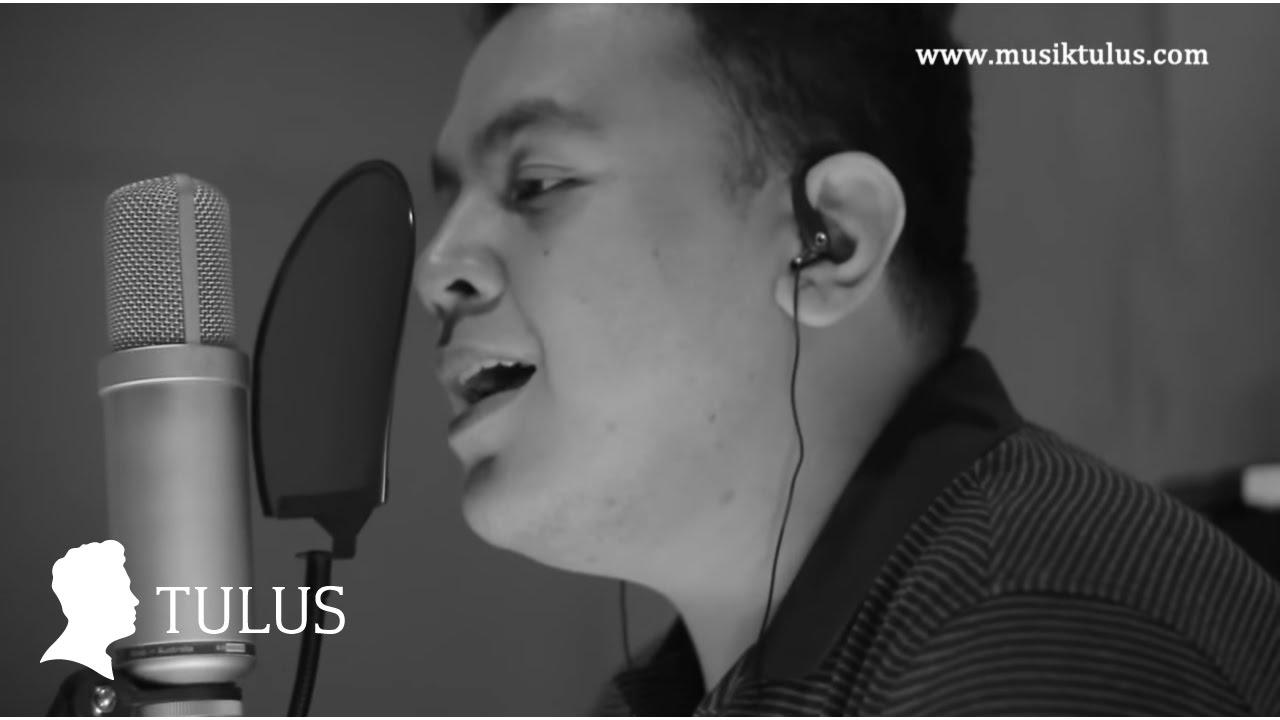 TULUS – Tuan Nona Kesepian (Studio Live)