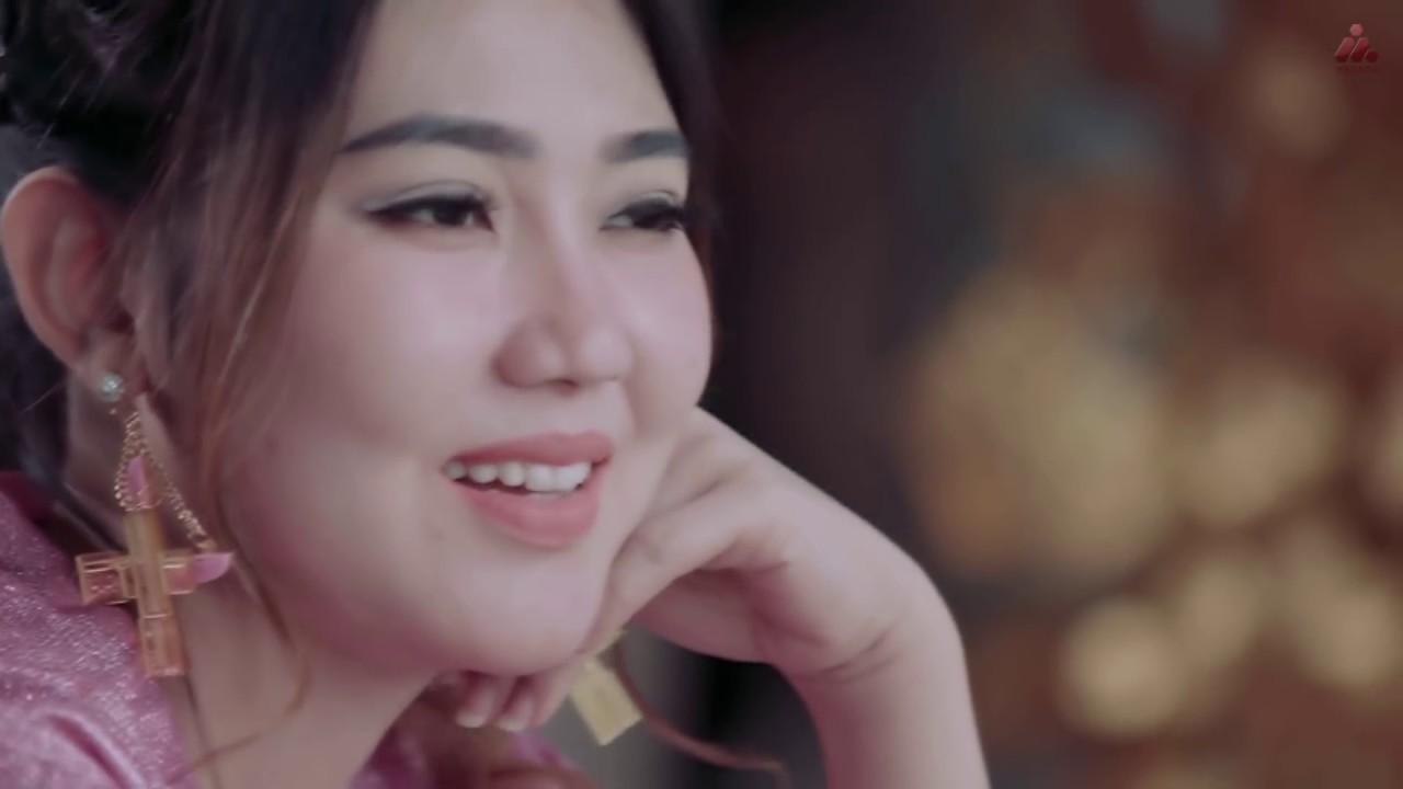 Via Vallen – Aku Cah Kerjo (Official Music Video)