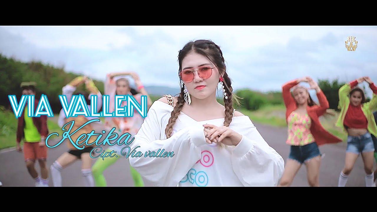 Via Vallen – Ketika (Official Music Video)