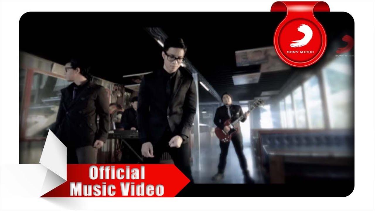 Yovie & Nuno – Sakit Hati (Official Music Video)
