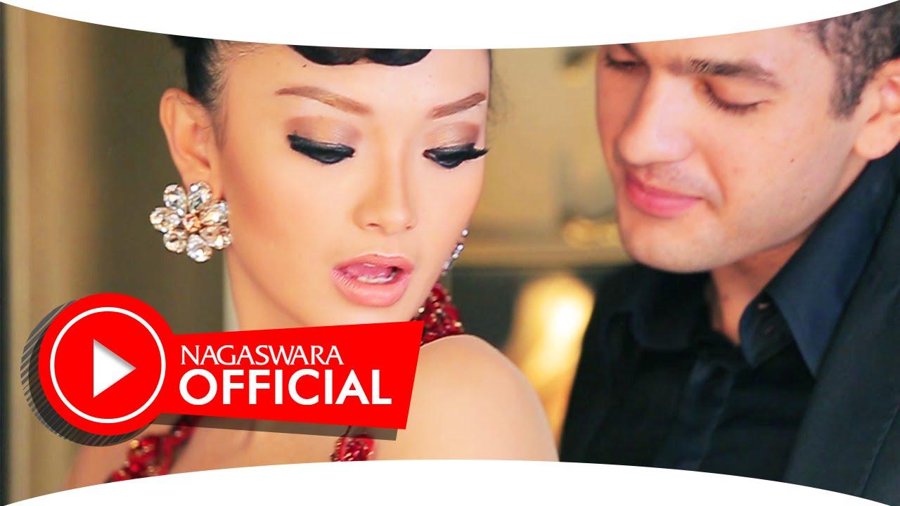 Zaskia Gotik – Bang Jono Remix Version (Official Music Video NAGASWARA)