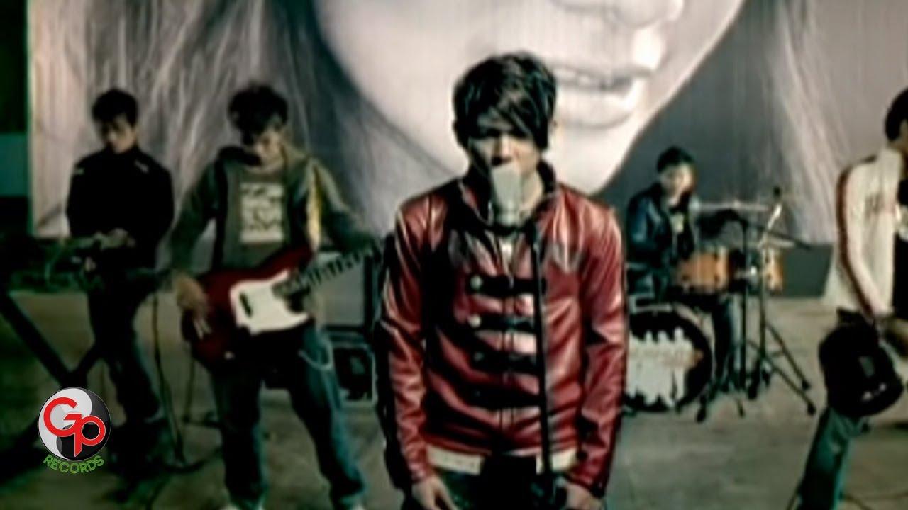 Five Minutes – Bertahan (Official Music Video)