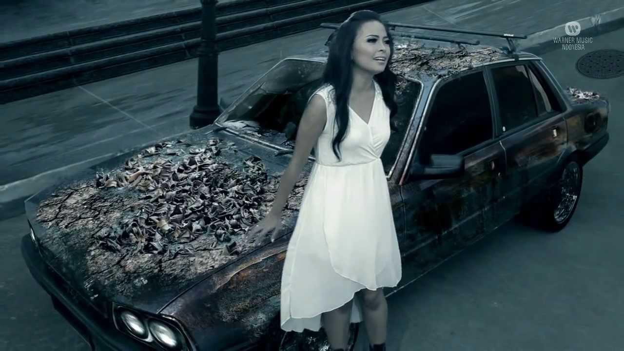 """KOTAK – """"Kecuali Kamu"""" (Official Video)"""