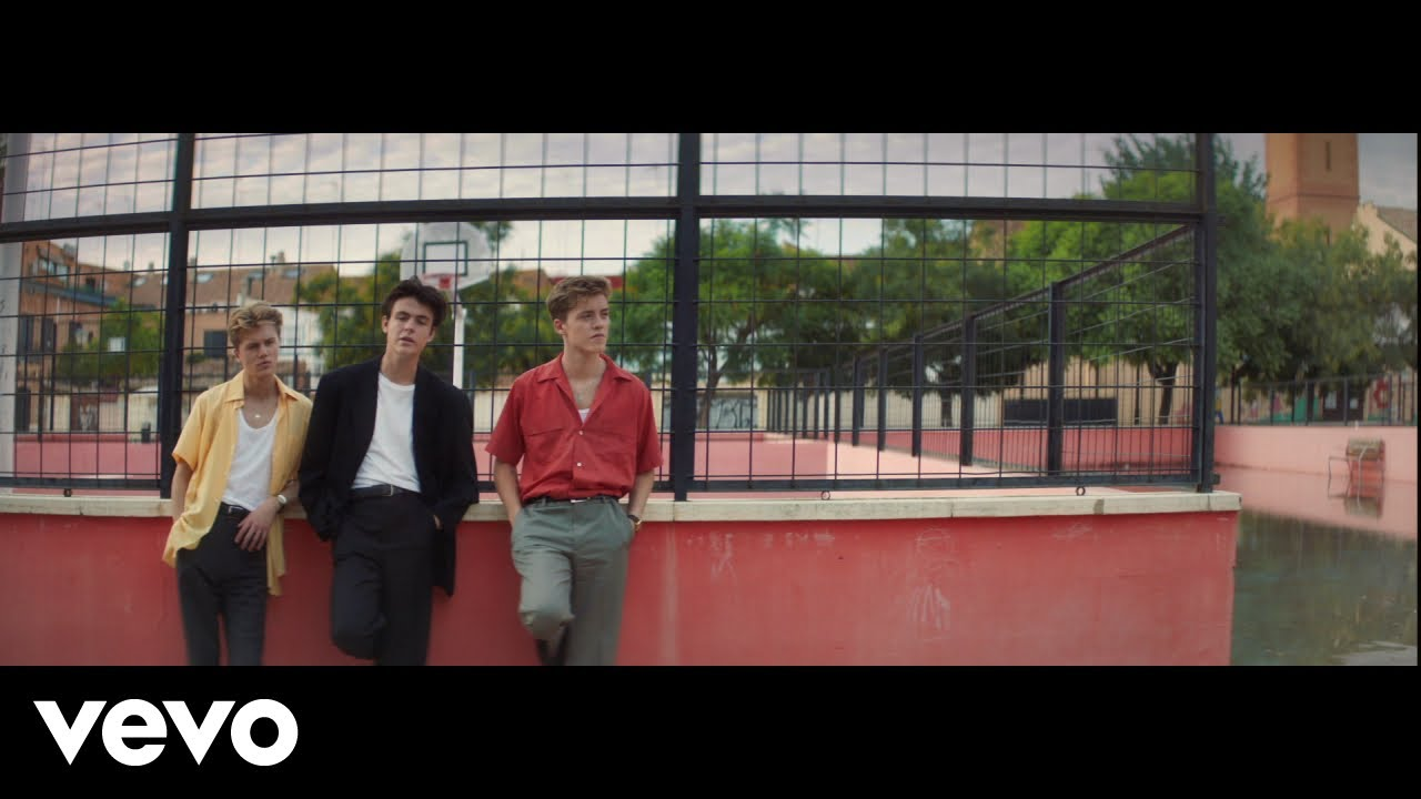 New Hope Club, Danna Paola – Know Me Too Well