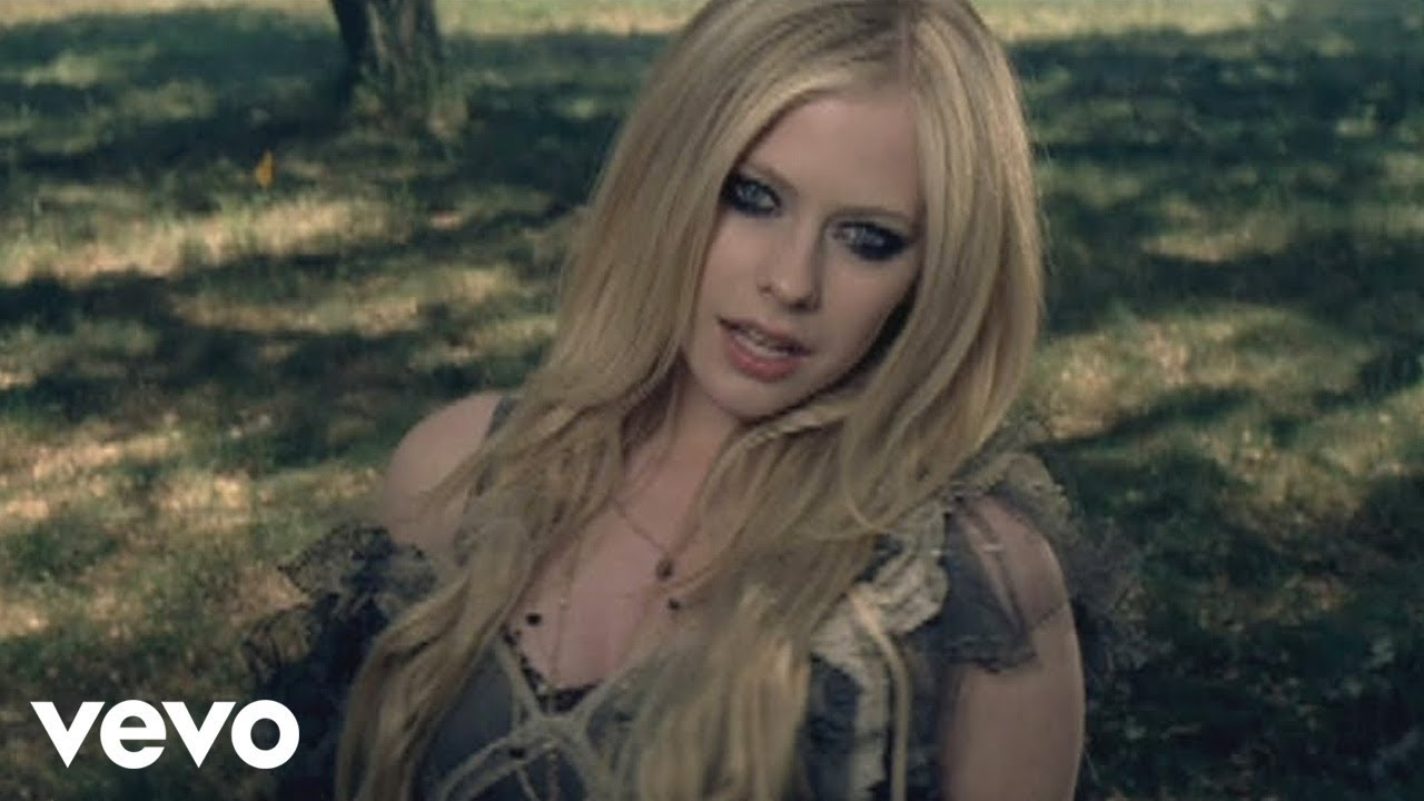 Avril Lavigne – When You're Gone (Official Music Video)