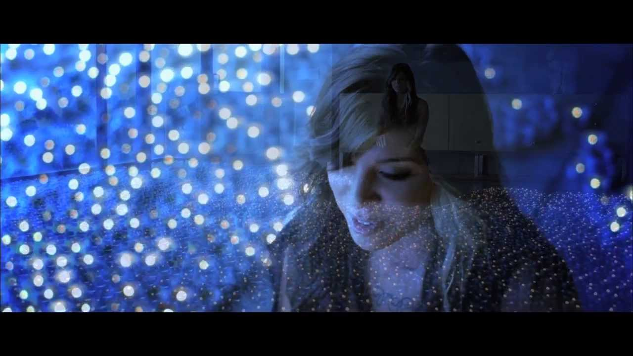 Christina Perri – A Thousand Years (Official Music Video)
