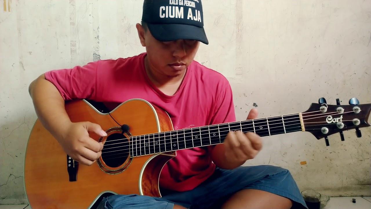 Cover Sebujur Bangkai – Rhoma Irama by Alip Ba Ta Master Fingerstyle Indonesia