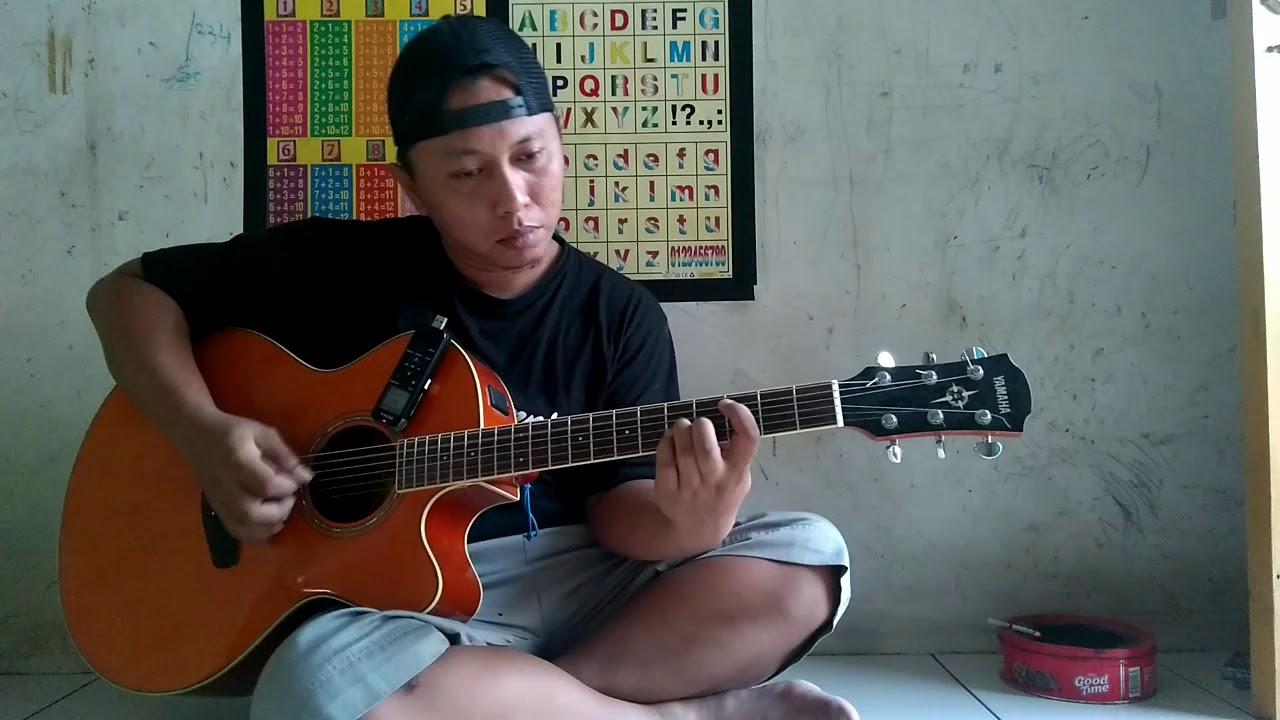 Cover Sepanjang Jalan Kenangan – Tetty Kadi by Alip Ba Ta Master Fingerstyle Indonesia