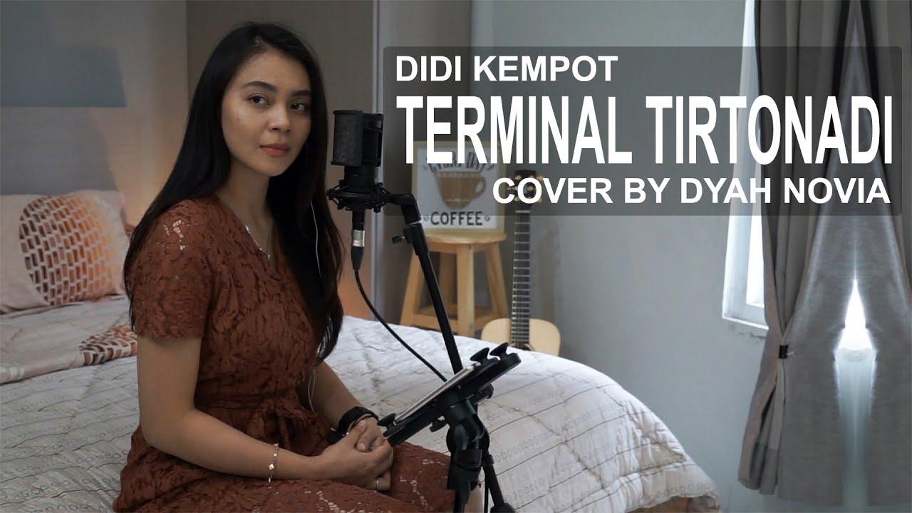 Dyah Novia Cover Lagu Terminal Tirtonadi – Didi Kempot (Official Music Video)