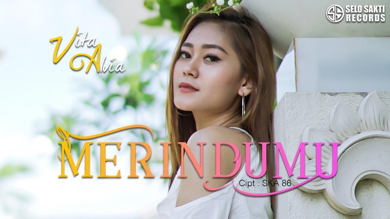 Vita Alvia – Merindumu (Official Music Video)