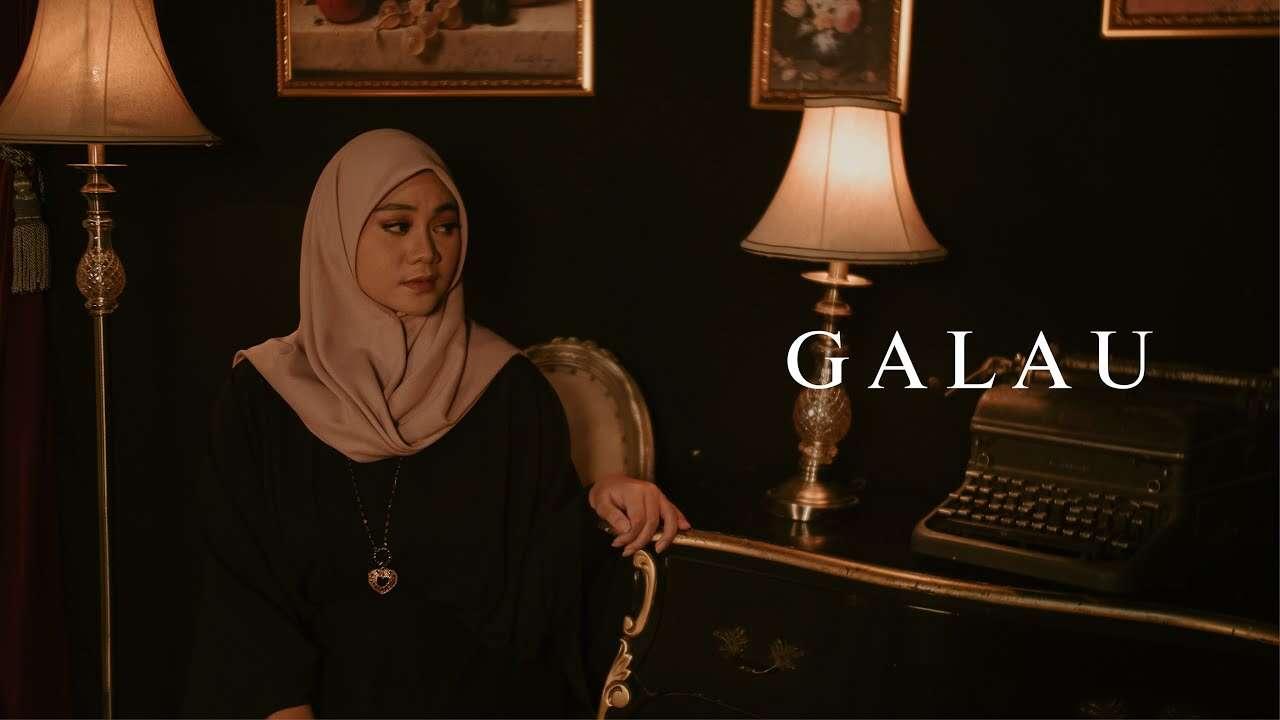 Fadhilah Intan – Galau (Official Music Video Youtube)