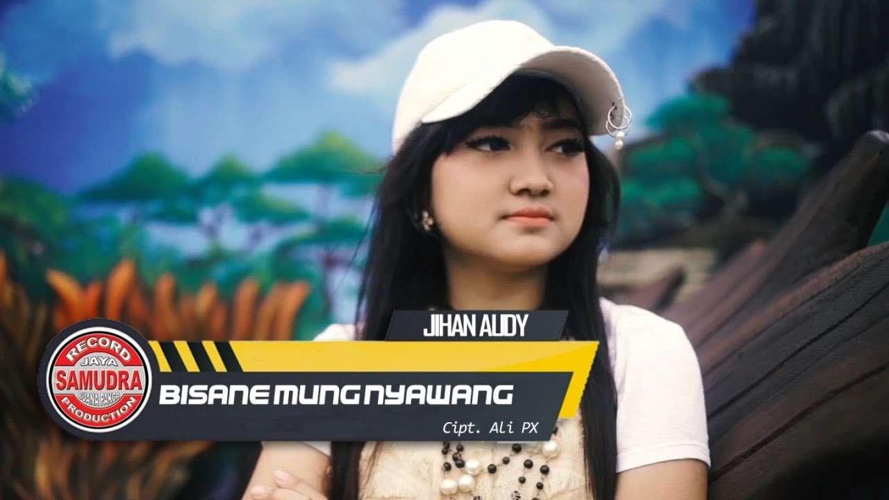 Jihan Audy – Bisane Mung Nyawang (Official Music Video)