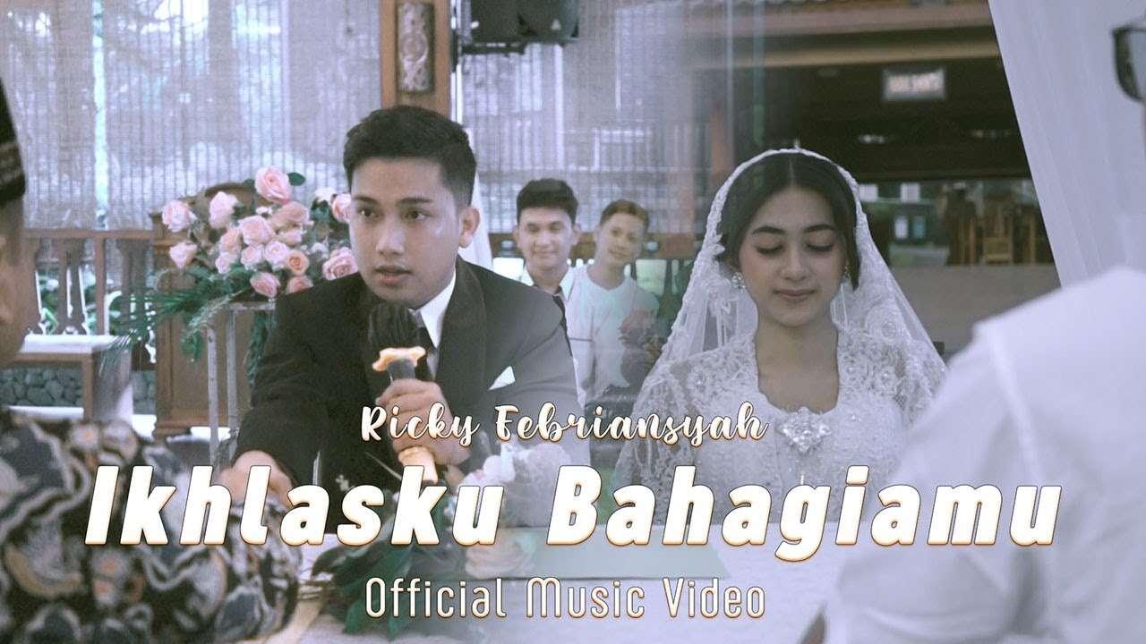 Rizky Febrian Feat. Tri Suaka – Ikhlasku Bahagiamu (Official Music Video Youtube)