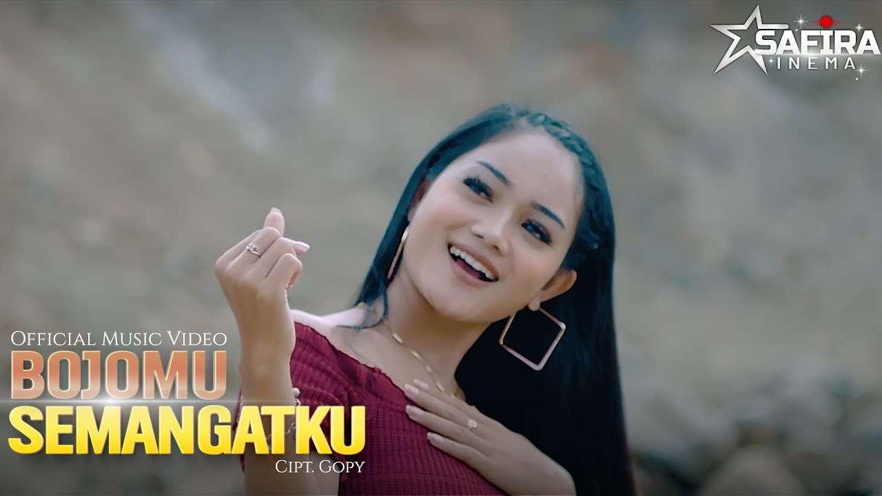 Safira Inema – Bojomu Semangatku (Official Music Video Youtube)